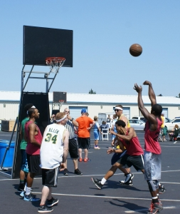 Haggen Hoop it Up 3x3 basketball tournament attracts players of all ages and skill levels