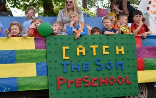 Catch the Son Preschool float, winner of the 2016 Grand Prize in the Junior Parade.   Photo by Muhammad Waqar.